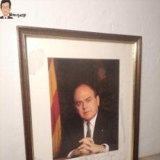 Documentos antiguos: FOTO ENMARCADA CON FIRMA Y DEDICATORIA DE JORDI PUJOL (PRESIDENT GENERALITAT CATALUNYA) AÑO 1985. Lote 273520863