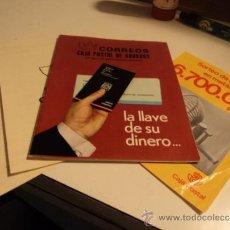 Documentos bancarios: CORREOS CAJA POSTAL DE AHORRO. PUBLICIDAD DE SUS SERVICIOS (LA LLAVE DE SU DINERO...).AÑOS 70. Lote 35941489