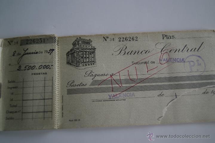 Documentos bancarios: Antiguo talonario de cheques Banco Central 1959 - Foto 3 - 42481927