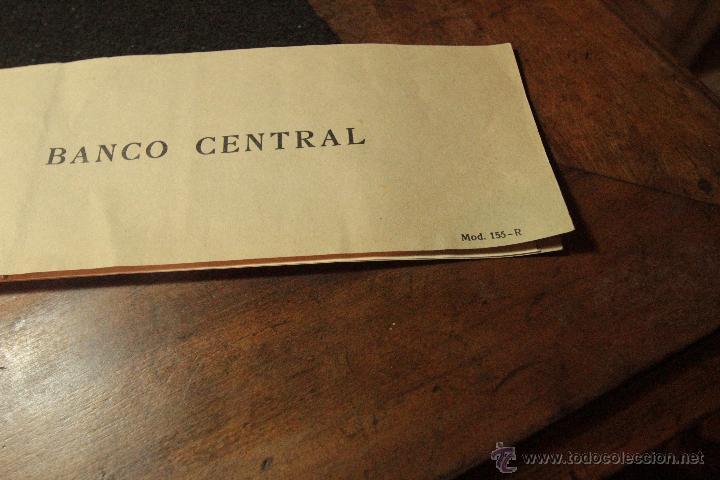 Documentos bancarios: TALONARIO CHEQUES 1956, BANCO CENTRAL -DOCA- - Foto 2 - 50707402