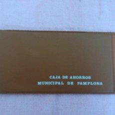 Documentos bancarios: FUNDA CHEQUERA CHEQUE CAJA MUNICIPAL DE AHORROS DE PAMPLONA. Lote 88273272