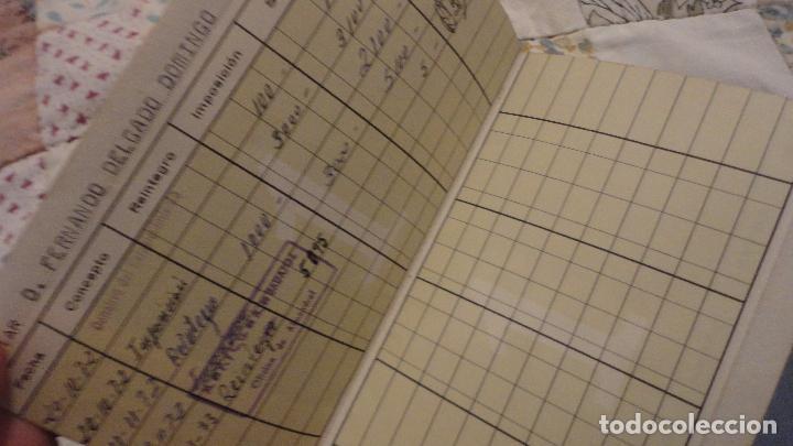 Documentos bancarios: ANTIGUA LIBRETA DE AHORROS.CAJA AHORROS MONTE PIEDAD DE LERIDA. 1972 - Foto 4 - 110929495