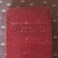 Documentos bancarios: PEQUEÑA AGENDA BANCO CENTRAL 1957. Lote 128898863