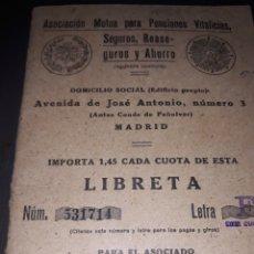 Documentos bancarios: LIBRETA DE PENSIONES VITALICIA AÑOS 40. Lote 159990184
