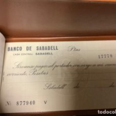 Documentos bancarios: ANTIGUO TALONARIO CHEQUES BANCO SABADELL. Lote 221625681