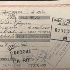 Documentos bancarios: LETRA DE CAMBIO. CLASE 13. 1961. BANCO CENTRAL ALBACETE.- FUENSANTA, LA RODA, CARCELEN. Lote 277634863