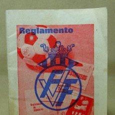Coleccionismo deportivo: REGLAMENTO DE BOLSILLO, FEDERACION VALENCIANA DE FUTBOL, 1970, STARK TURIA EXPORT, PATROCINADOR. Lote 20281809