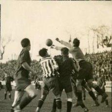 Coleccionismo deportivo: FÚTBOL.- MADRID 21.3.1934.- PARTIDO ATHLETIC DE MADRID-OSASUNA.- JUGADA EN LA PORTERÍA DEL .......... Lote 28776721