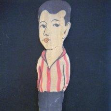 Coleccionismo deportivo: JUGADOR DE MADERA DEL ATLETIC DE BILBAO 1920'S. Lote 30601021
