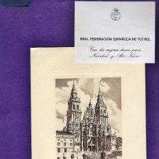 Coleccionismo deportivo: FELICITACION NAVIDEÑA - FEDERACION ESPAÑOLA DE FUTBOL / TARJETA DE PABLO PORTA Y FIRMA - AÑOS 60 /70. Lote 37509745