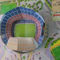 Coleccionismo deportivo: CARPETA DESPLEGABLE CON MAQUETA EL MILLOR STADI DEL MÓN 1899 1994. Lote 49756525