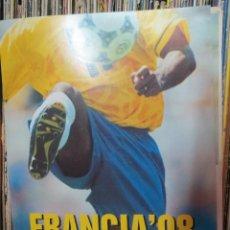 Coleccionismo deportivo: CARPETA QUINCE FASCICULOS FRANCIA'98 Y LO MEJOR DE LOS MUNDIALES.. Lote 50147543