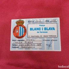 Coleccionismo deportivo: CARNET DE SOCI. SOCIO PENYA BLANC I BLAVA DE TERRASSA. 1998.. Lote 83595644