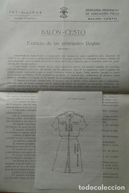 REGLAS DE BALONCESTO Y UNIFORME DE LA SECCION FEMENINA VALENCIA 1940 FALANGE (Coleccionismo Deportivo - Documentos de Deportes - Otros)