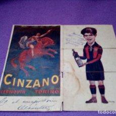 Coleccionismo deportivo: CINZANO VERMOUTH TORINO ( TRIPTICO F.C.BARCELONA ) SAMITIER ,PIERA, ALCANTARA.SELLO CAFE DE MADRID... Lote 109410739