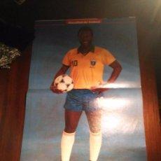 Coleccionismo deportivo: POSTER FUTBOL JUGADOR PELE. Lote 109824483