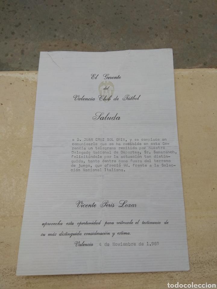 TELEGRAMA DEL VALENCIA.C.F A SU JUGADOR JUAN CRUZ SOL - CON REFERENCIAS VICENTE PERIS - SAMARANCH (Coleccionismo Deportivo - Documentos de Deportes - Otros)