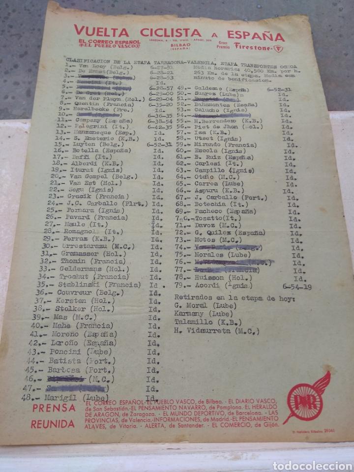 HOJA VUELTA CICLISTA ESPAÑA CLASIFICACIÓN ETAPA TARRAGONA - VALENCIA AÑOS 50 - ÉPOCA BAHAMONTES - (Coleccionismo Deportivo - Documentos de Deportes - Otros)