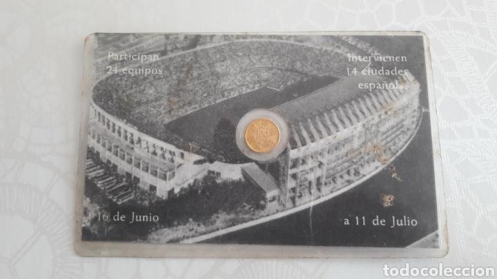 Coleccionismo deportivo: Carnet santiago Bernabeo Mundial 82 Madrid - Foto 2 - 131348974