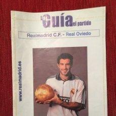 Coleccionismo deportivo: PROGRAMA OFICIAL REAL MADRID REAL OVIEDO LIGA TEMPORADA 2000 2001 FIGO. Lote 132043822