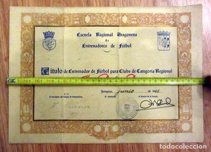DIPLOMA FEDERACION ARAGONESA DE FUTBOL TITULO DE ENTRENADOR 1965 (Coleccionismo Deportivo - Documentos de Deportes - Otros)