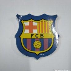 Coleccionismo deportivo: LOTE DE POSIT FORMA ESCUDO F.C. BARCELONA. TDKP13. Lote 141932478