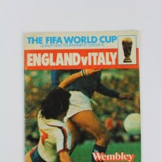 Coleccionismo deportivo: PO-45 THE FIFA WORLD CUP GROUP II ENGLAND - ITALY WEMBLEY STADIUM WEDNESDAY AÑO 1977.. Lote 147129634