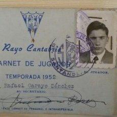 Coleccionismo deportivo: CARNET DE JUGADOR DEL RAYO CANTABRIA. TEMPORADA 1952.. Lote 148277634