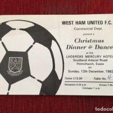 Coleccionismo deportivo: RP R5362 PUBLICIDAD WEST HAM UNITED FC 1982 CHRISTMAS DINNER & DANCE LADBROKE MERCURY HOTEL. Lote 148810130