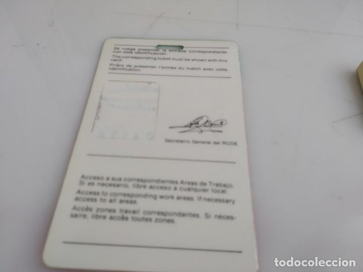 Coleccionismo deportivo: ANTIGUO CARNET DE ESPAÑA 82 - Foto 2 - 154177386