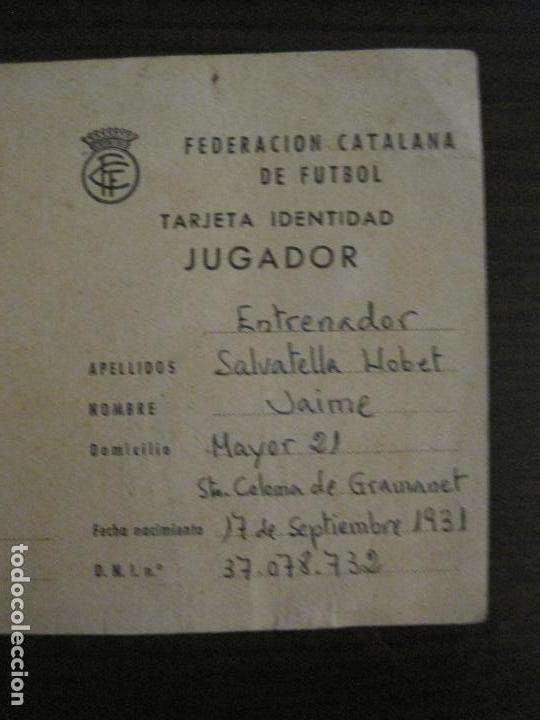 Coleccionismo deportivo: FEDERACION CATALANA FUTBOL-CARNET ENTRENADOR 1965-CF SAN SADURNI-JAIME SALVATELLA-VER FOTOS(V-16.221 - Foto 2 - 157462510