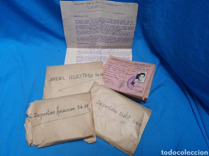 Coleccionismo deportivo: fichas del Campeonato de fútbol VI copa elche c. F. Campeonato local de equipos no federados 1954-55 - Foto 2 - 170020692