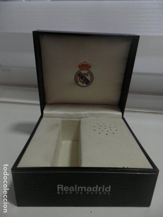 Coleccionismo deportivo: CAJA O ESTUCHE DE RELOJ DEL REAL MADRID , VACIA - Foto 5 - 175946569