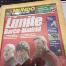 Coleccionismo deportivo: PERIÓDICO MUNDO DEPORTIVO 3 OCTUBRE 2000 LIMITE BARÇA-MADRID . Lote 178932410