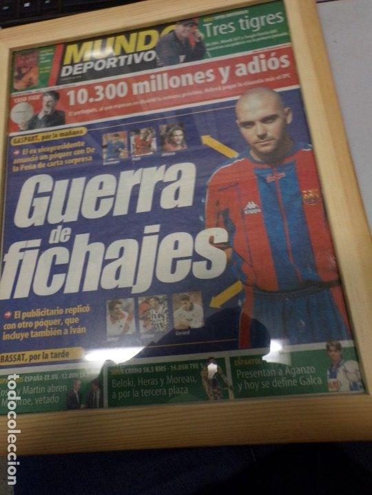PERIÓDICO MUNDO DEPORTIVO 21 JULIO 2000 GUERRA DE FICHAJES (Coleccionismo Deportivo - Documentos de Deportes - Otros)