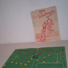 Coleccionismo deportivo: RARO JUEGO FUTBOGOLS. OBSEQUIO CHOCOLATES BATANGA. CAMPO DE FUTBOL . Lote 194508717