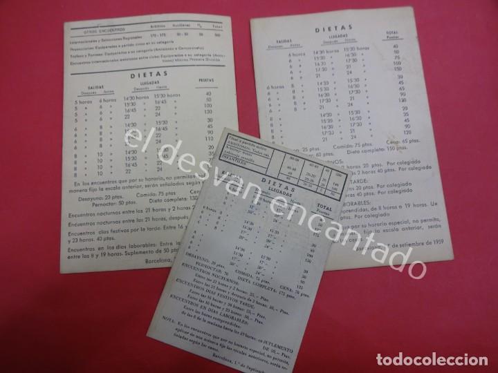 Coleccionismo deportivo: BALONCESTO. Federacion Catalana. Lote 3 tarjetas TARIFAS y DIETAS de arbitrajes. Años 1950s - Foto 2 - 194599218