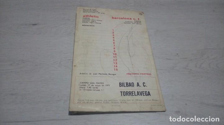 Coleccionismo deportivo: Programa oficial Athletic Club de Bilbao - Barcelona C. F. temporada 70 - 71. - Foto 3 - 194904718