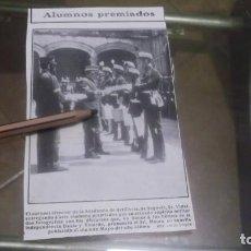 Coleccionismo deportivo: RECORTE AÑO 1909 -SEGOVIA.CORONEL DIR. ACADEMIA DE ARTILLERIA SR.VIDAL,ENTREGANDO ALUMNOS PREMIADOS. Lote 210477548