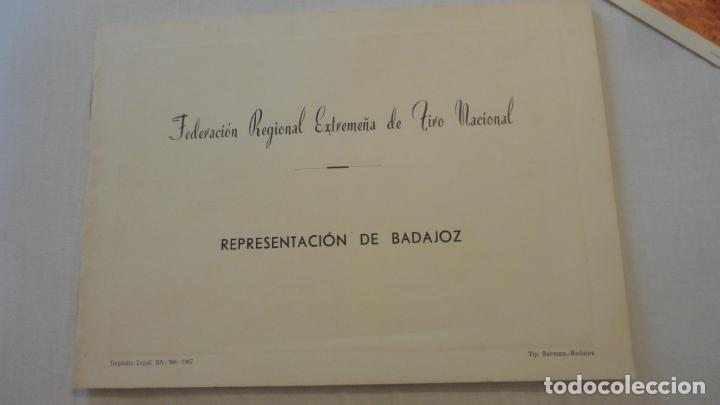 Coleccionismo deportivo: ANTIGUO FOLLETO.FEDERACION REGIONAL EXTREMEÑA TIRO NACIONAL.BADAJOZ 1967 - Foto 2 - 218107531