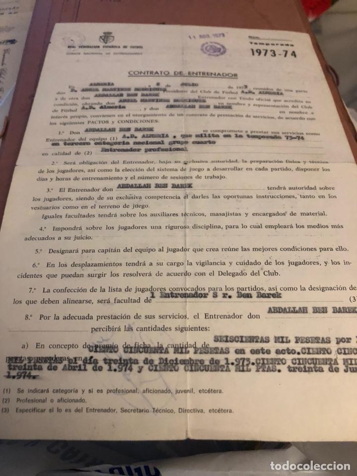 CONTRATO ORIGINAL DE BEN BAREK, ENTRENADOR DEL ALMERÍA (Coleccionismo Deportivo - Documentos de Deportes - Otros)