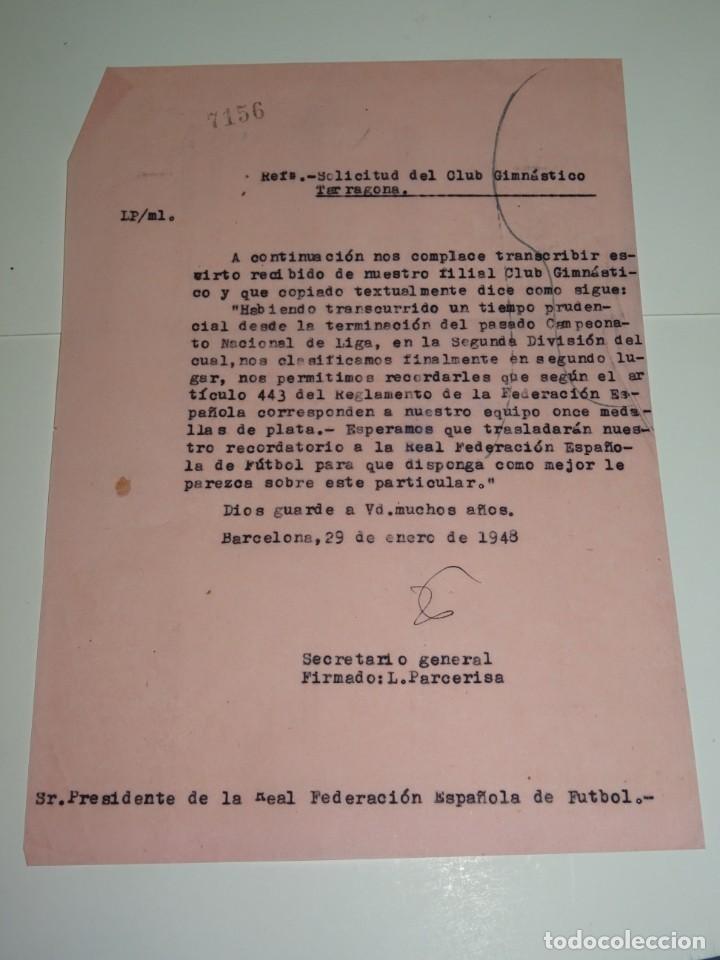 FÚTBOL CARTA ORIGINAL - SOLICITUD DE MEDALLAS GIMNASTICO DE TARRAGONA 2 LUGAR SEGUNDA DIVISION (Coleccionismo Deportivo - Documentos de Deportes - Otros)