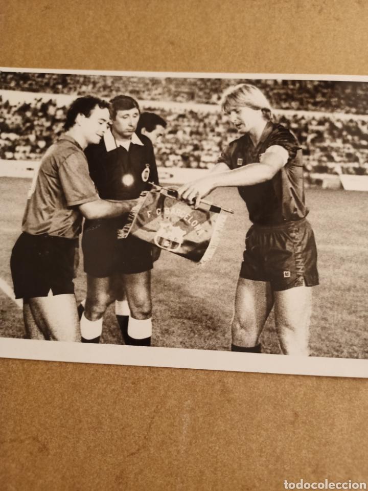 FOTOGRAFIA BERN SCHUSTER, F.C. BARCELONA, AÑO 1986 (Coleccionismo Deportivo - Documentos de Deportes - Otros)