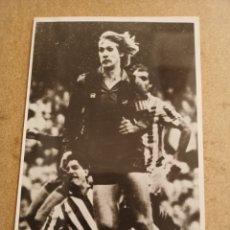 Coleccionismo deportivo: FOTOGRAFIA BERN SCHUSTER, F.C. BARCELONA, AÑO 1986. Lote 277464588