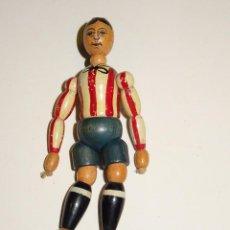 Coleccionismo deportivo: (M) ATH DE BILBAO - JUGUETE FIGURA FUTBOLISTA DE MADERA ORIGINAL AÑOS 20, 11,5CM, MUY RARO. Lote 279357458