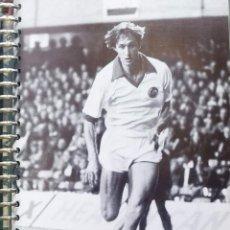 Coleccionismo deportivo: FICHA DE LAS SUPER ESTRELLAS DE MASTERFILE - EDICION INGLESA - JOHAN CRUYFF HOLANDA. Lote 280018218