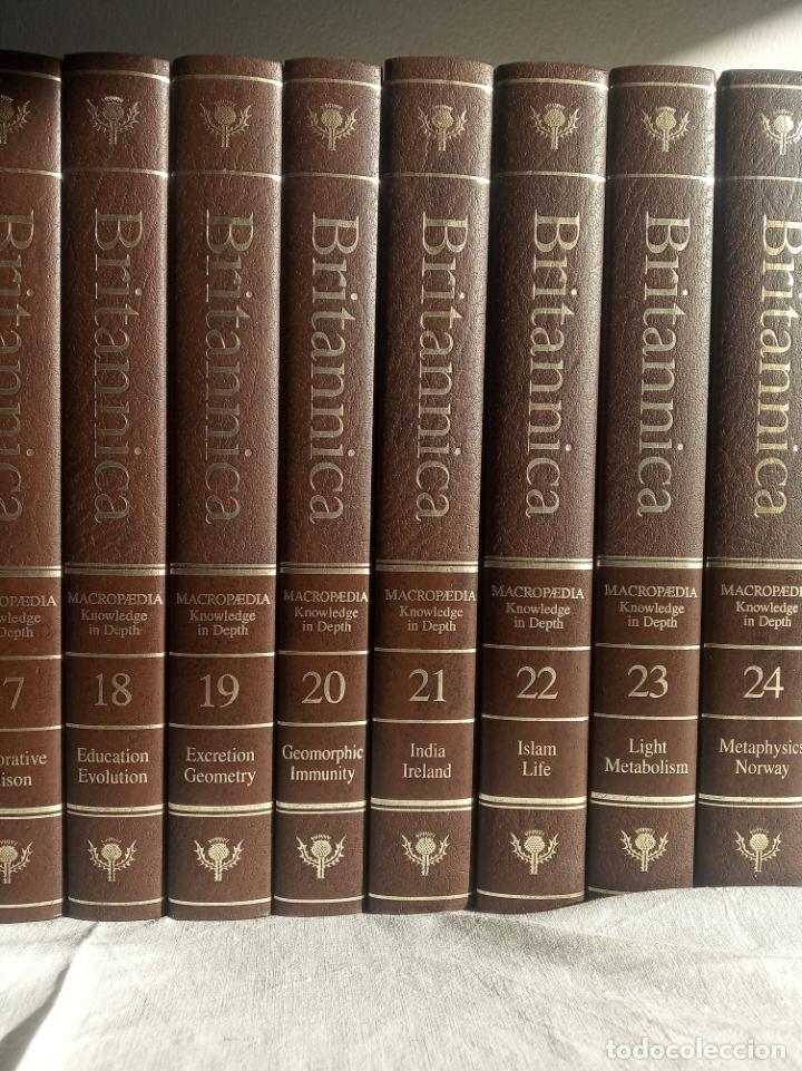Enciclopedias antiguas: Gran enciclopedia Británica. 47 volúmenes. Años 90. Inglés. - Foto 5 - 197842716