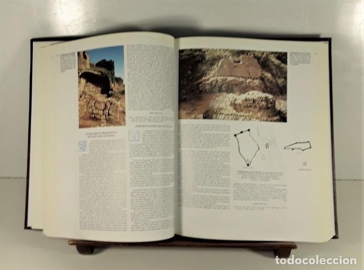 Enciclopedias: CATALUNYA ROMÀNICA. 28 VOLUMENES. VARIOS AUTORES. ENCICLOPÈDIA CATALANA. 1994/99. - Foto 4 - 178926862