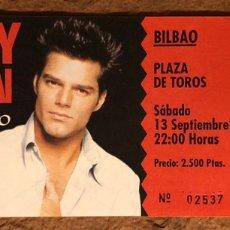 Entradas de Conciertos: RICKY MARTIN. ENTRADA COMPLETA CONCIERTO EN PLAZA DE TOROS DE BILBAO EN 1997.. Lote 195904830