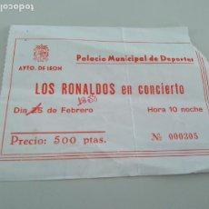 Biglietti di Concerti: ENTRADA LOS RONALDOS. LEON 15-02-1988. CORTADA POR UN LATERAL. Lote 262297455